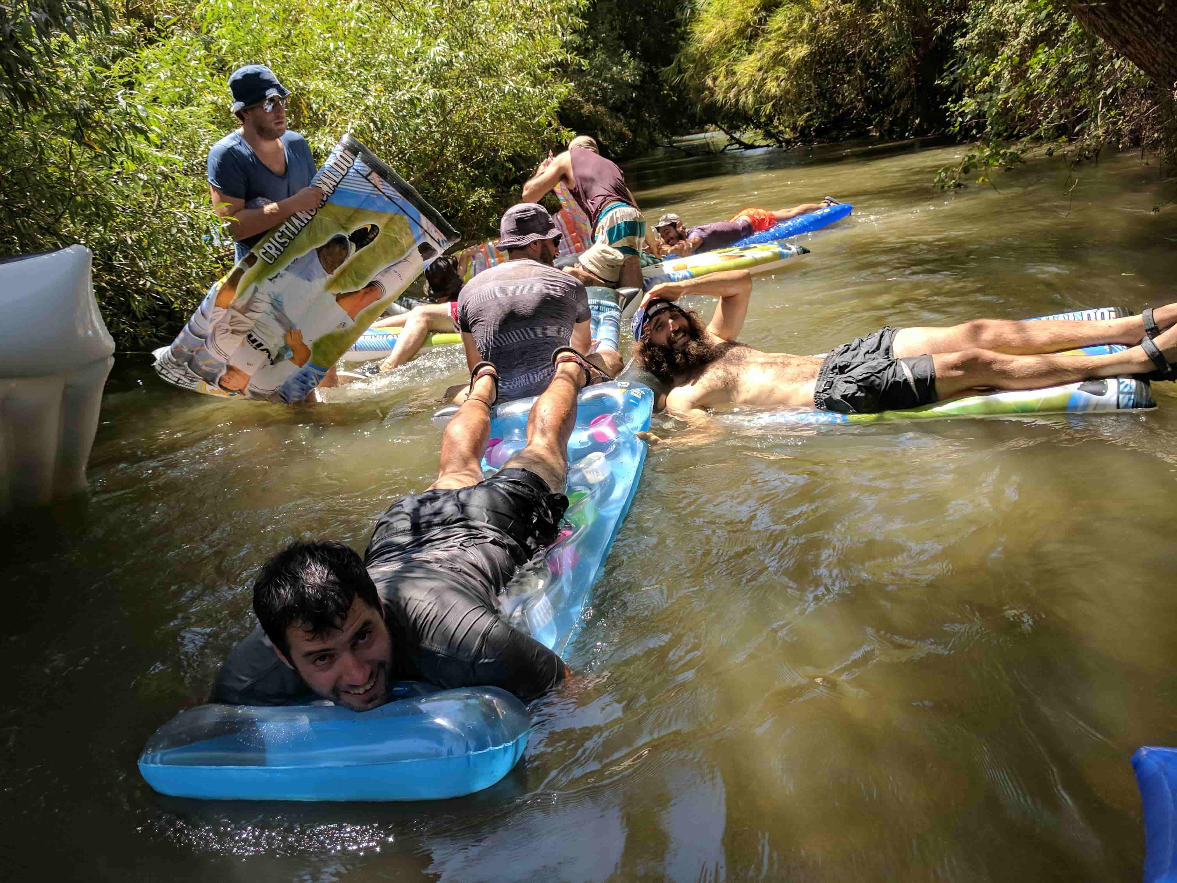 טיול מים בנחל חרמון