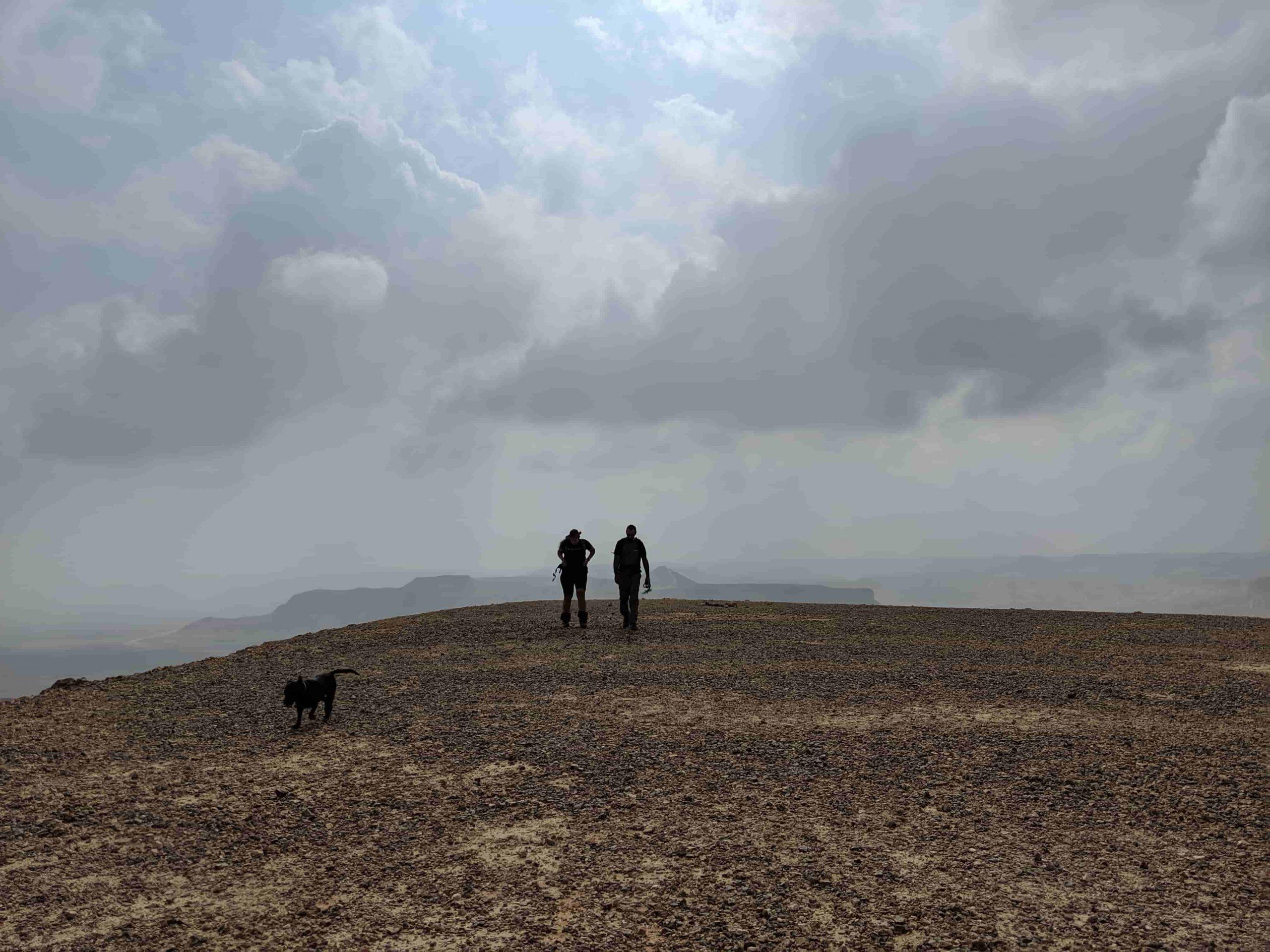 הליכה על הר צרור לחלקו הדרומי לארוחת בוקר.
